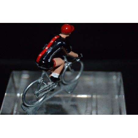 Sky special edition, last stage Vuelta 2017 - die cats cycling figurine