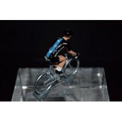 Sky 2017 - petit cycliste miniature en metal