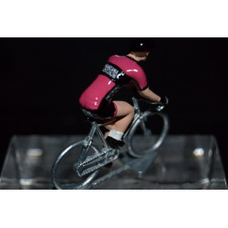 Manzana Postobon 2017 - petit cycliste miniature en metal