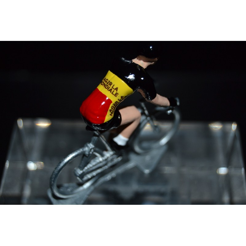 Belgium champion Oliver Naesen - cycling figurine, cyclist figure