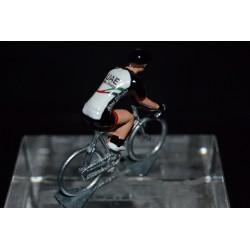 UAE Abu Dhabi 2017 - petit cycliste miniature en metal